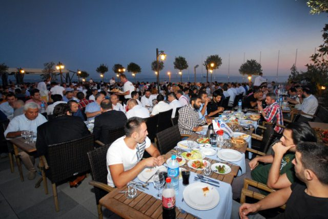 iftar-yemegi-2013-3