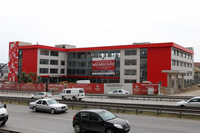 Le choix du Collège Bahçeşehir est HekimBoard